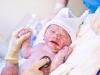 yeni doğan bebek
